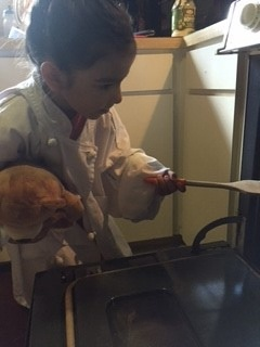 Cooking_with_Kids-520527-edited.jpg