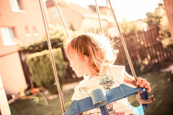 Girl_on_swing.jpg