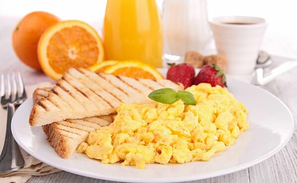 Healthy breakfast.jpg