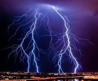 SafeSplash_thunder.jpg