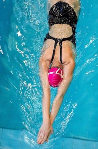 Swimming_to_destress.jpg