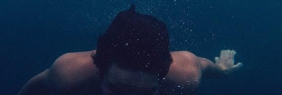 diving-455765_960_720-371863-edited.jpg