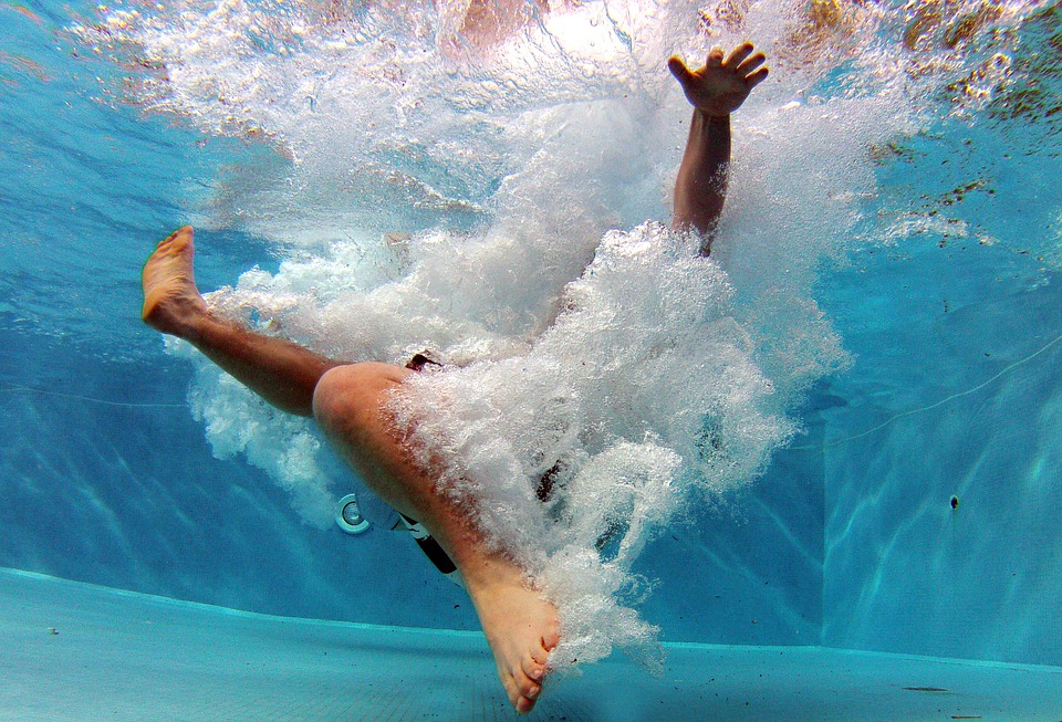 pool-519453_960_720